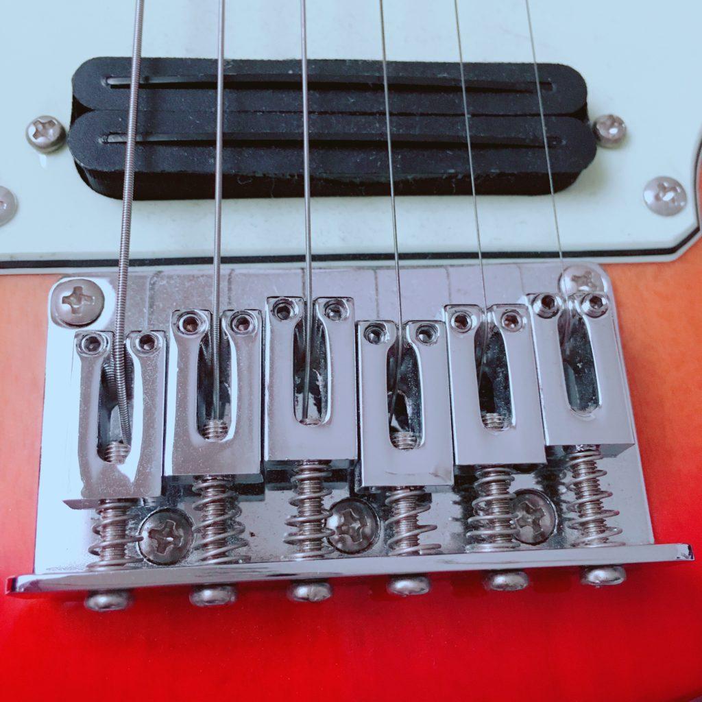 Pignose(ピグノーズ)アンプ内蔵エレキギターPGG-200のブリッジ