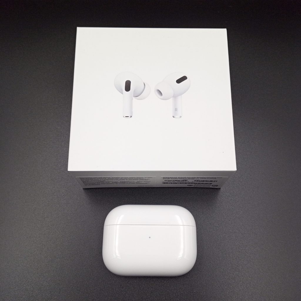 AirPods Proと外箱