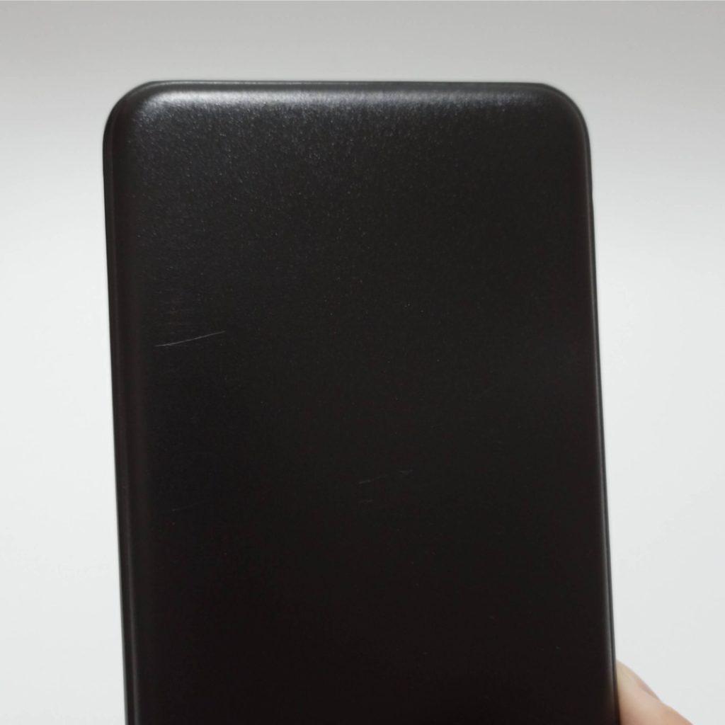 モバイルバッテリーは傷が付きやすい