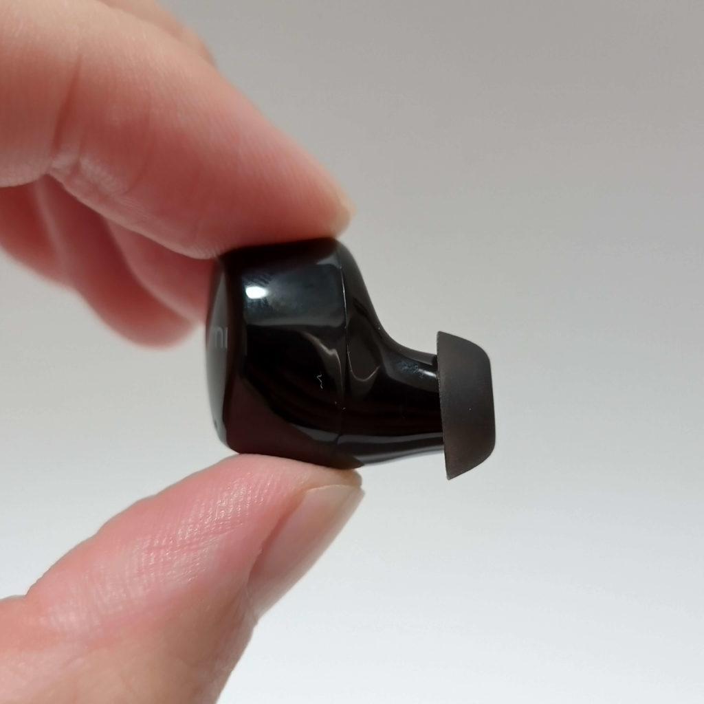 TWS-817Aのイヤホンのサイズ感