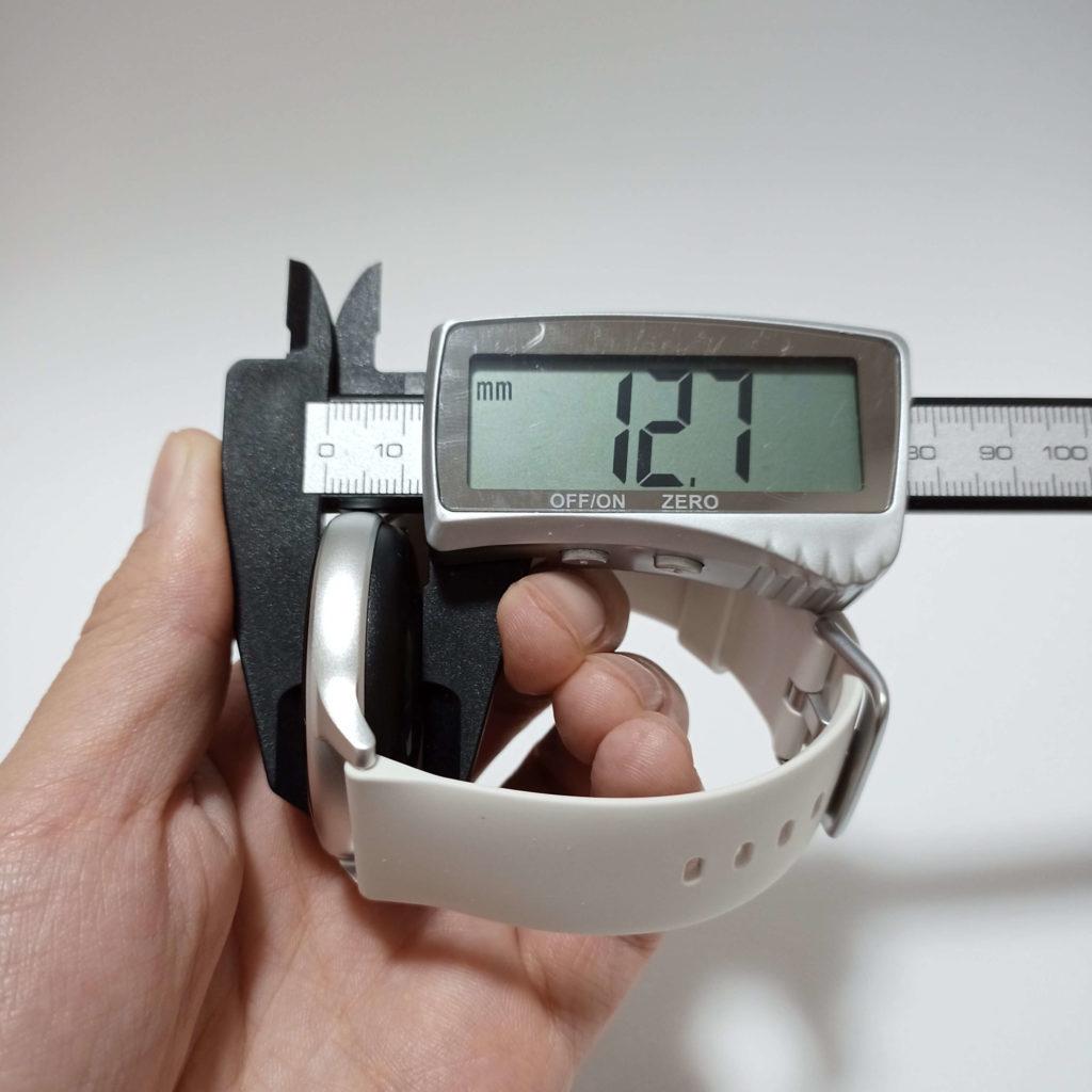 Uwatch 2Sのサイズ感