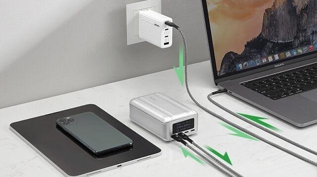 SuperTank Proのパススルー充電