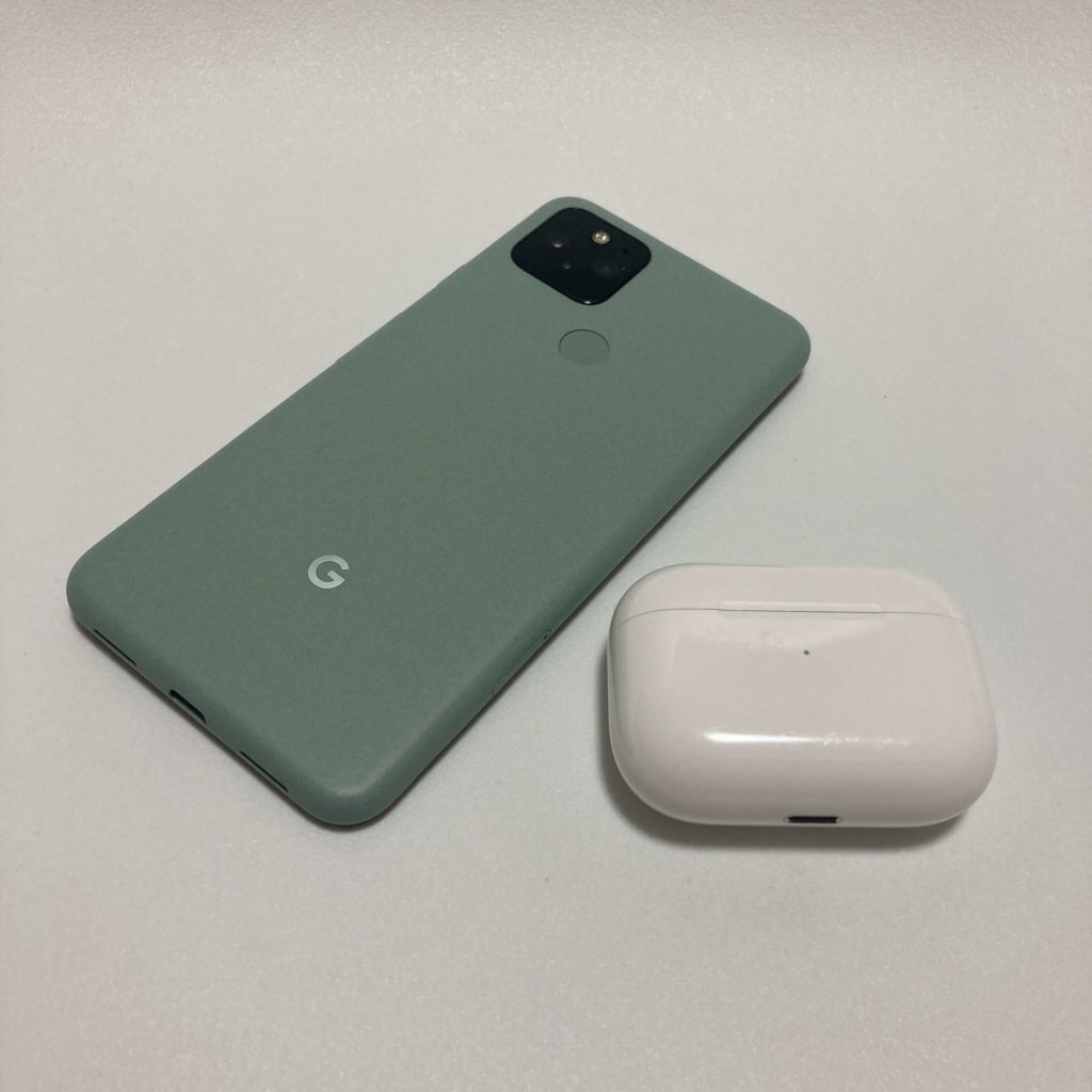 Pixel 5とAirPods Pro