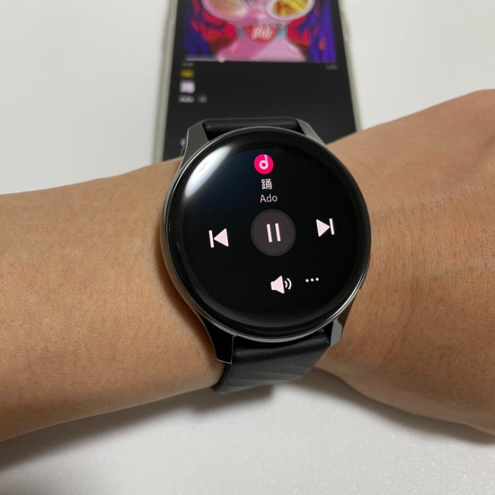 OnePlus Watchで音楽を操作