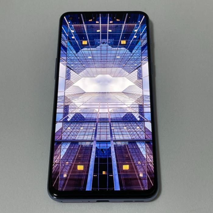 OnePlus Nord 2のディスプレイ