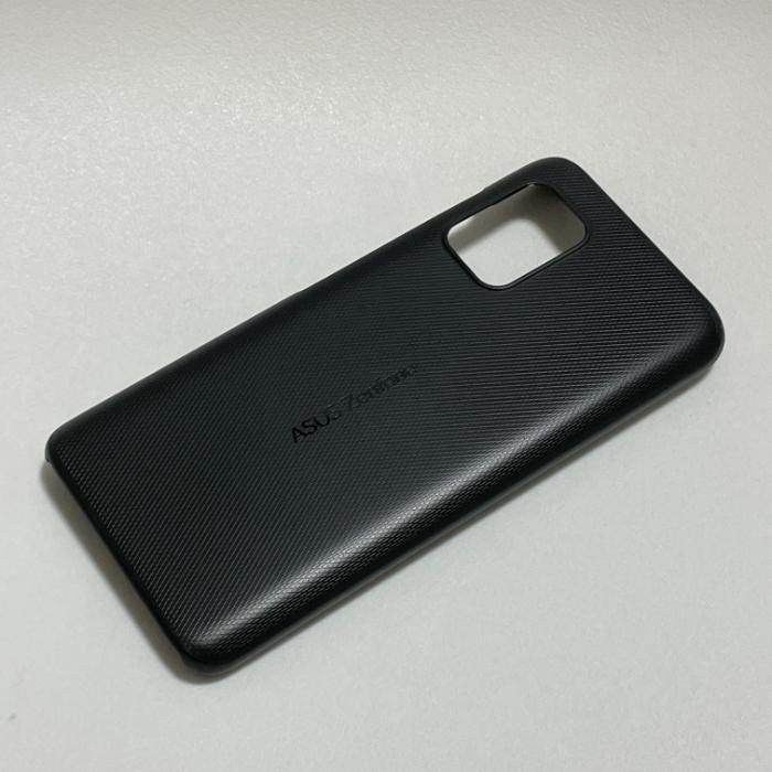 Zenfone 8の付属ケース