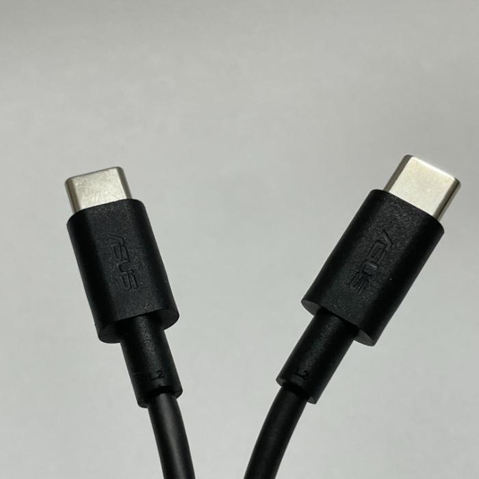 Zenfone 8の充電ケーブル